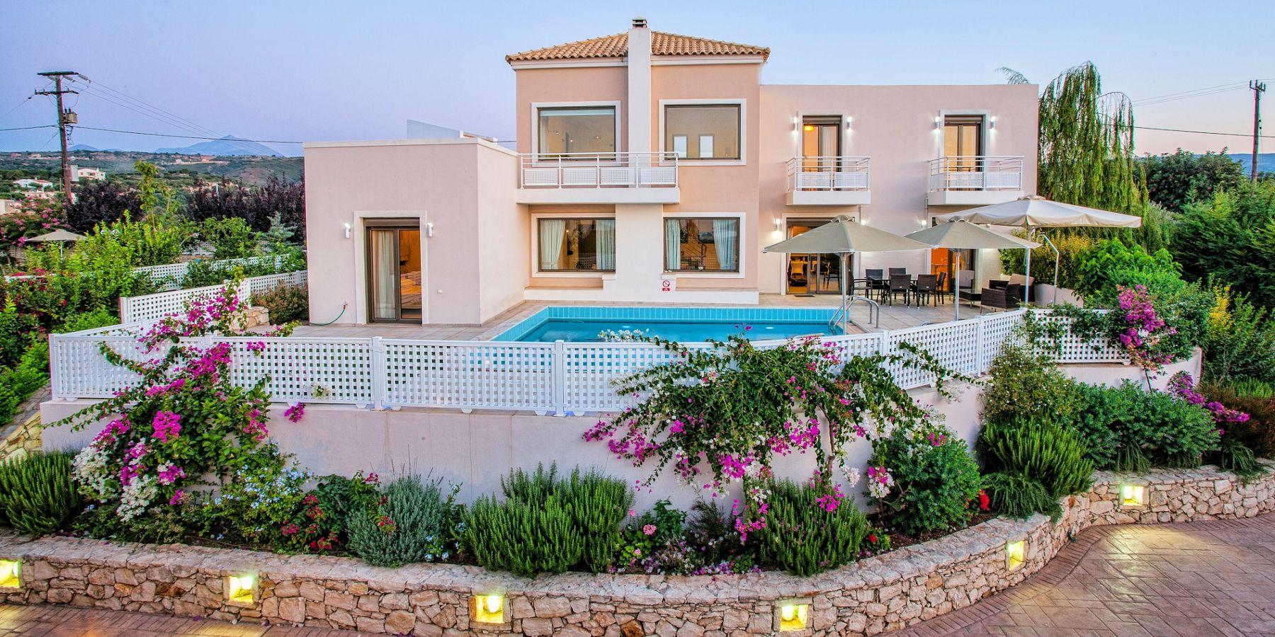 Villas To Rent For  Perdond In Crete August