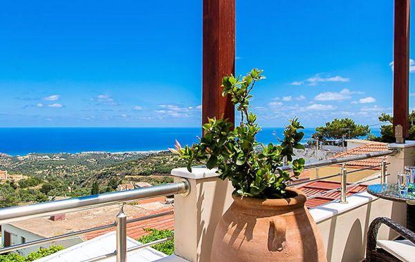 Azure Villa Rethymnon – Roussospiti