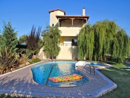 Villa_lambros-800
